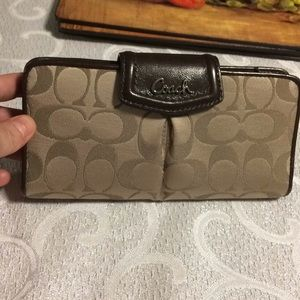 Coach wallet NWT